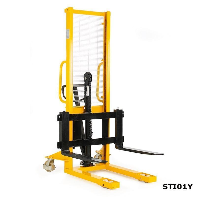 Hydraulic Pallet Lifters : Hydraulic stackers with adjustable fork storage systems